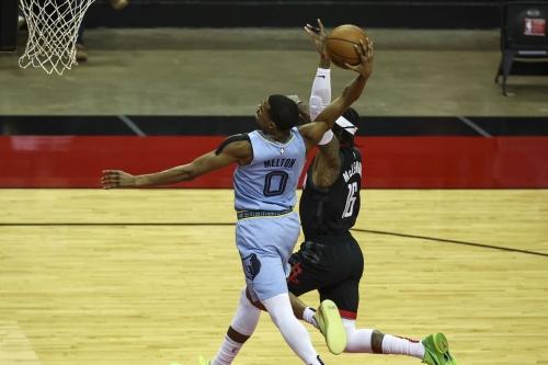Rockets take on Grizzlies Monday night
