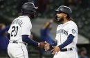 Mariners arise from ashes, pants White Sox 8-4