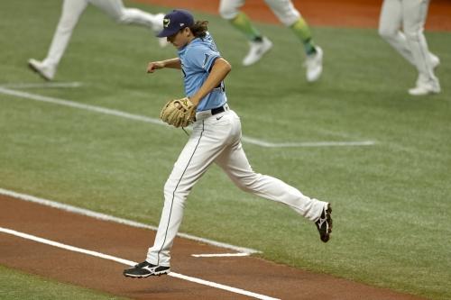 Rays 4, Yankees 8: Honey Day!