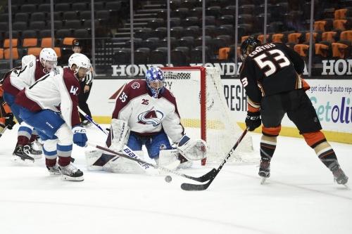 Game Recap: Colorado Avalanche de-wing Anaheim Ducks 4-1.