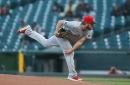 Wade Miley spins gem, Cincinnati Reds topple San Francisco Giants 3-0