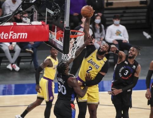 Lakers News: Frank Vogel Calls Andre Drummond Best Offensive Rebounder In NBA