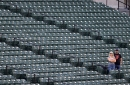 Mariners-Orioles play exclusive engagement for small group of fans, Mariners play the hits better, win