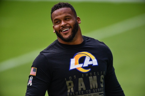 Lawyer offers Aaron Donald an apology
