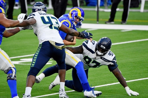 Pre-Snap Reads 4/18: Seahawks shaping up to have their deepest defensive line since 2013