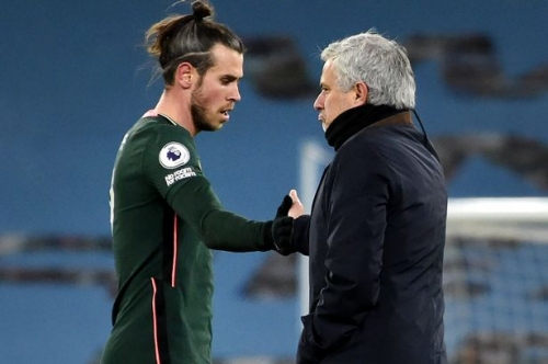 Spurs sack Mourinho as Welsh stars plunged into further uncertainty