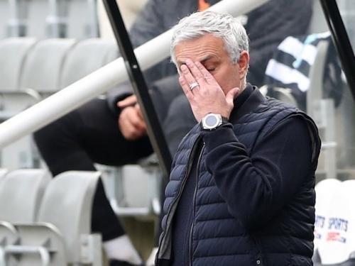 Tottenham Hotspur sack manager Jose Mourinho