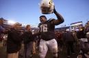 Dolphins sign former Alabama offensive lineman