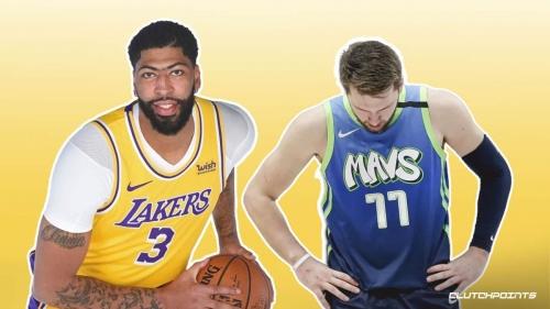 Lakers' Anthony Davis makes long-awaited return to starting lineup vs Mavs