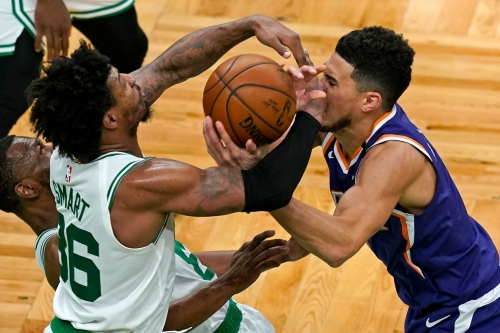 Phoenix Suns ice cold from 3 in loss at Boston Celtics