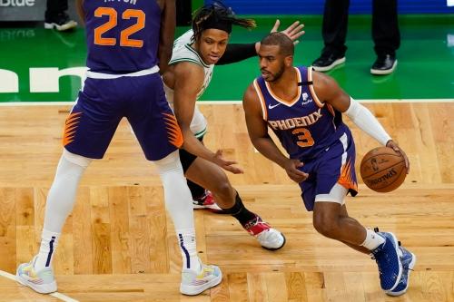 Photos: Phoenix Suns at Boston Celtics