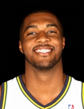 Derrick Favors 15 photo