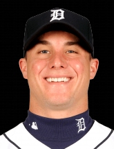 James McCann 33 photo